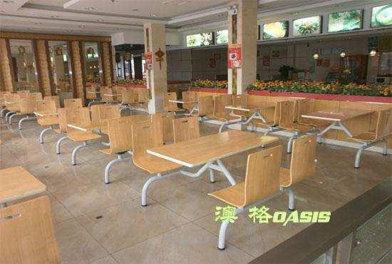 快餐桌椅价格一般多少钱