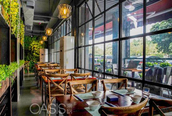 西餐厅桌椅选择布局,餐厅装修桌椅摆放