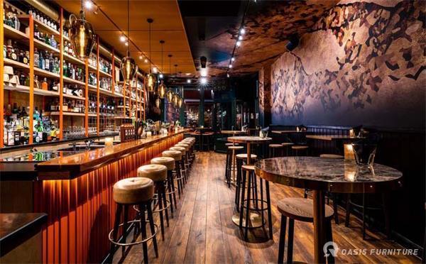 酒吧沙发尺寸标准是多少?如何选购酒吧桌椅?