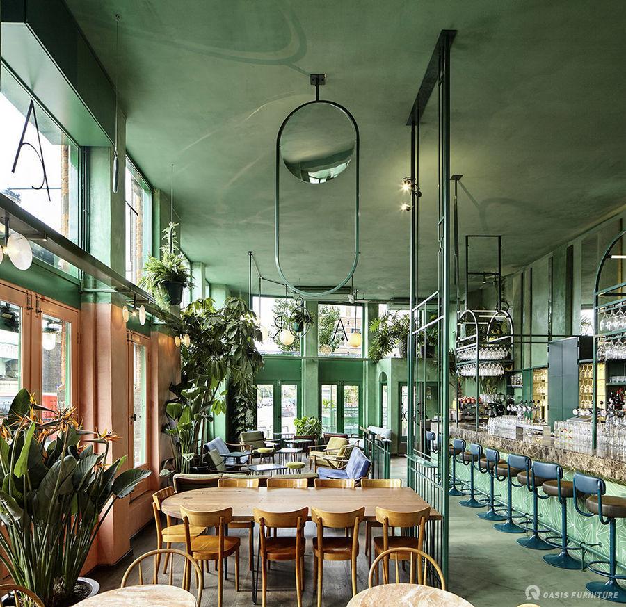阿姆斯特丹酒吧设计家具定制布局工程案例